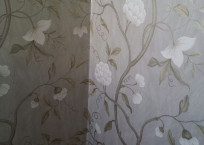Wall-Paper-Hanging-Image-3